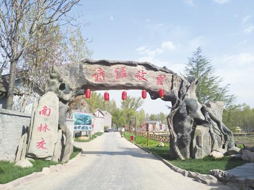 """""""诗经山水,晋都曲沃"""",是曲沃县文化旅游主打的宣传品牌."""